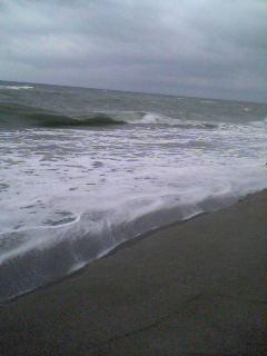海は荒海 向こうは〜